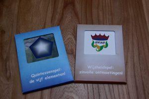 spel- of dialoogvorm op maat met eigen logo